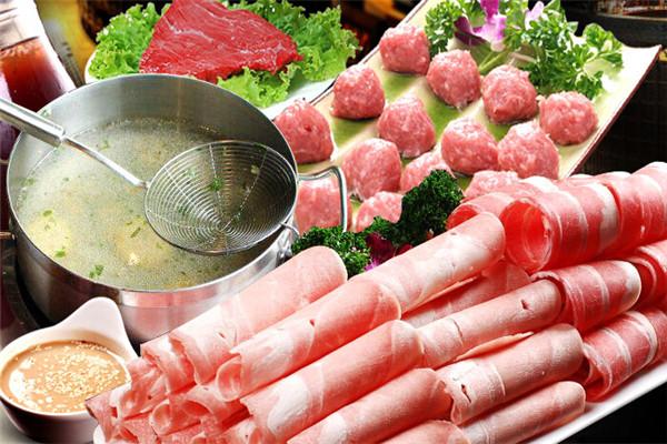 领鲜潮牛火锅,选用优质食材为原料
